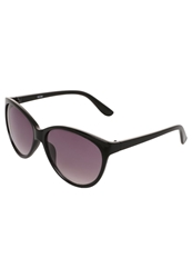 Kiomi Sunglasses Black Smoke