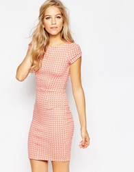 Closet Cap Sleeve Bodycon Dress In Houndstooth Peach Pink