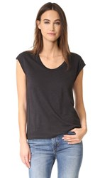 Vince Distressed Muscle Tank Black