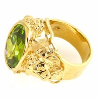 Metal Couture Peridot Olivine Lioness Ring Gold