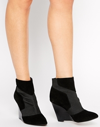 Report Signature Iliana Wedge Ankle Boots Black