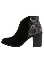 Sixty Seven Sixtyseven Aram Ankle Boots Black