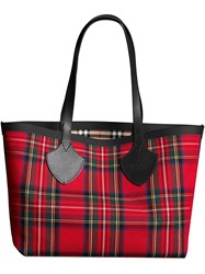 Burberry The Medium Giant Reversible Tote In Vintage Check Red