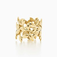 Tiffany And Co. Paloma Picasso Olive Leaf Band Ring In 18K Gold.