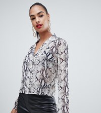 Boohoo Cropped Shirt In Snake Print Multi