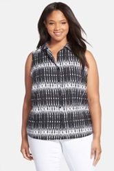 Jessica Simpson 'Francisca' Print Sleeveless Shirt Plus Size Black