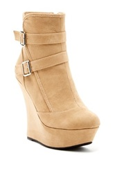 Red Circle Melanie Wedge Bootie Brown