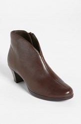 Munro American Women's Munro 'Robyn' Boot Brown Leather
