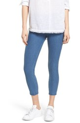 Hue Women's Denim Capris Medium Wash