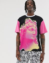 Heart And Dagger Greek Face Print T Shirt In Pink Black