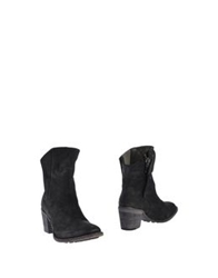 Nylo Ankle Boots Black