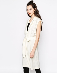 Monki Sleeveless Duster Coat Cream