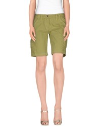 Kejo Bermudas Light Green