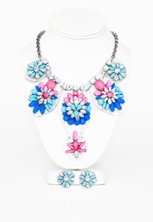 Missguided Blue Jayda Perspex Gem Detail Statement Necklace And Earring Set Blue