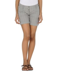 Timezone Shorts Grey