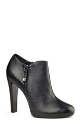 Nine West Women's 'Binnie' Low Zip Bootie