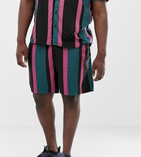 New Look Plus Co Ord Shorts In Black Stripe Green