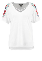 New Look Fifi Floral Print Tshirt White