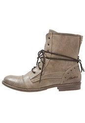 Mustang Laceup Boots Taupe