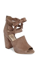 Jessica Simpson Women's Kandiss Sandal Warm Taupe Suede