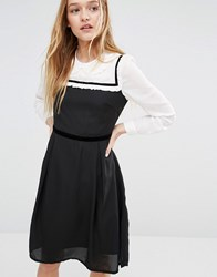 I Love Friday Dress With Peter Pan Collar Black