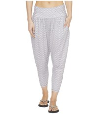 Prana Ryley Crop Moonrock Compass Women's Capri White