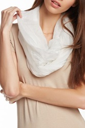 David And Young Mixed Lace Infinity Scarf White