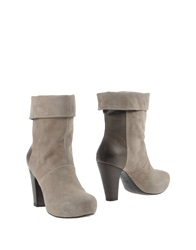 Vic Ankle Boots Beige