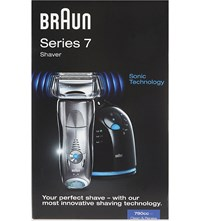 Braun Series 7 Shaver With Clean And Renew