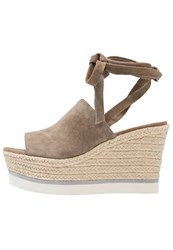 Bcbgeneration Nico Wedge Sandals Taupe