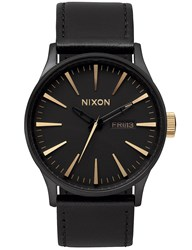 Nixon Sentry Leather With Gold Sunray Dial