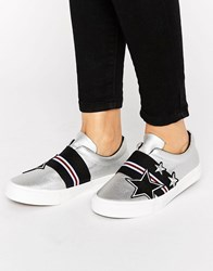 New Look Star Badge Slip On Trainer Silver