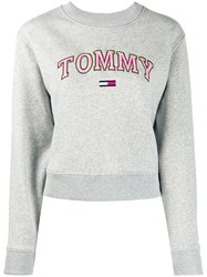 Tommy Jeans Logo Embroidered Long Sleeved Sweatshirt 60