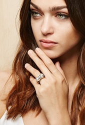Forever 21 Amber Sceats Thunderball Ring Silver White