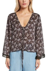 Willow And Clay Lace Up Floral Top Black