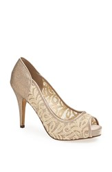 Menbur Women's 'Lotti' Pump Stone
