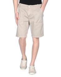 Reign Trousers Bermuda Shorts Men