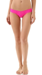 Hanky Panky Signature Lace Low Rise Thong Passionate Pink
