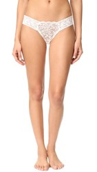 Hanky Panky Queen Anne's Lace Diamond Low Rise Thong Off White