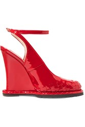Bottega Veneta Intrecciato Patent Leather Wedge Pumps Red