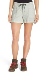 The North Face Women's 'Wander Free' Shorts Laurel Wreath Green Strpe