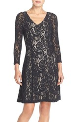 Women's Nydj 'Amelia' Lace Fit And Flare Dress