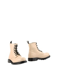 Cult Ankle Boots Ivory