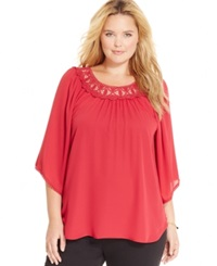 Eyeshadow Plus Size Crochet Trim Peasant Top Red Bud