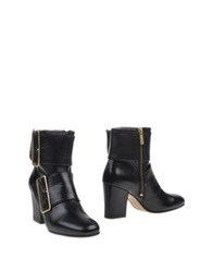 Avril Gau Ankle Boots Black