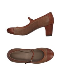 Laboratorigarbo Pumps Brown