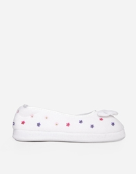 Totes Daisy Embossed Terry Ballet Slippers White