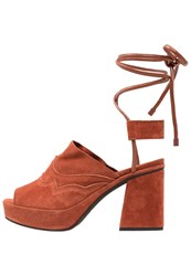 Mcq By Alexander Mcqueen Koko Platform Sandals Rust Orange