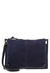 Kiomi Clutch Blue
