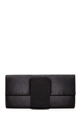 Magid Solid Clutch Black